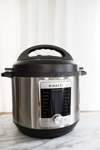 Masak nasi dengan commercial rice cooker